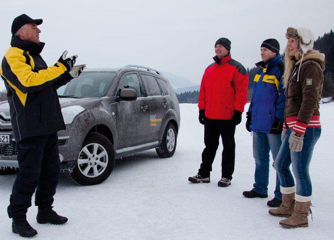 Experte Wintertraining - Verkehrssicherheitszentrum Olpe