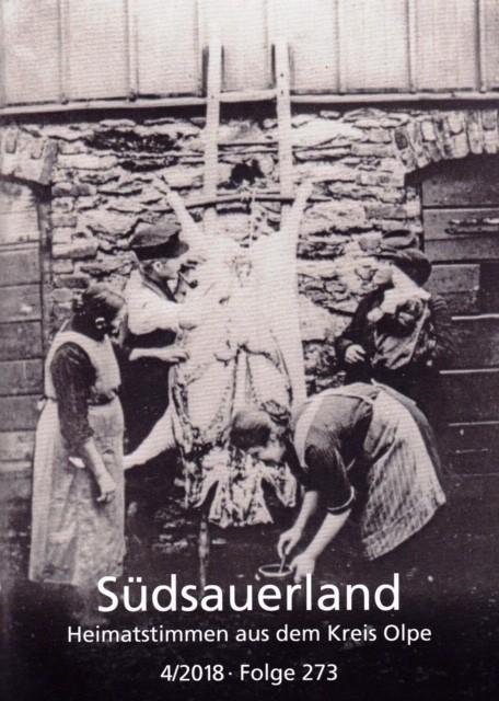 """Das Titelbild von """"Südsauerland"""" zeigt eine Hausschlachtung in Kirchhundem-Benolpe um 1935. Repr: Kreisarchiv Olpe"""