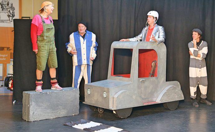 ugendtheater Theatertill - Verkehrserziehung Düringergrundschule Olpe 2020